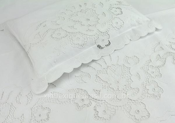 lençol de berço bordado richelieu