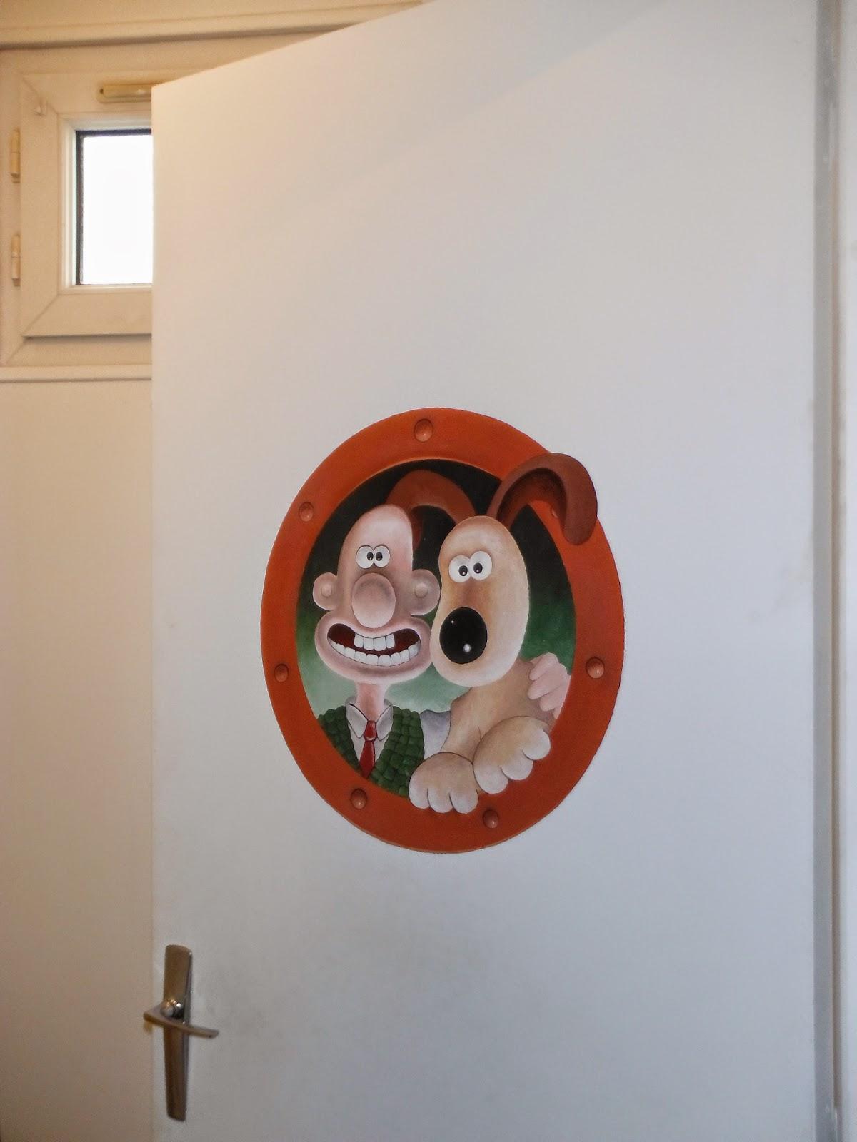 creation fresque murale héros dessin animé disney pour chambre enfant par l'artiste peintre severine peugniez