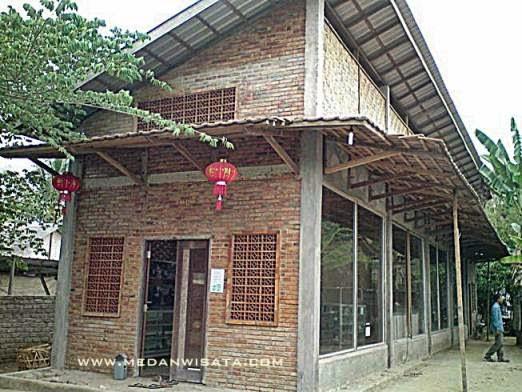 Situs Kota Cina Medan
