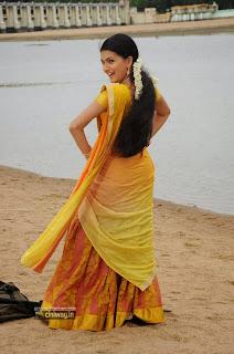 Kolagalam-Heroine-Saranya-Mohan-Stills