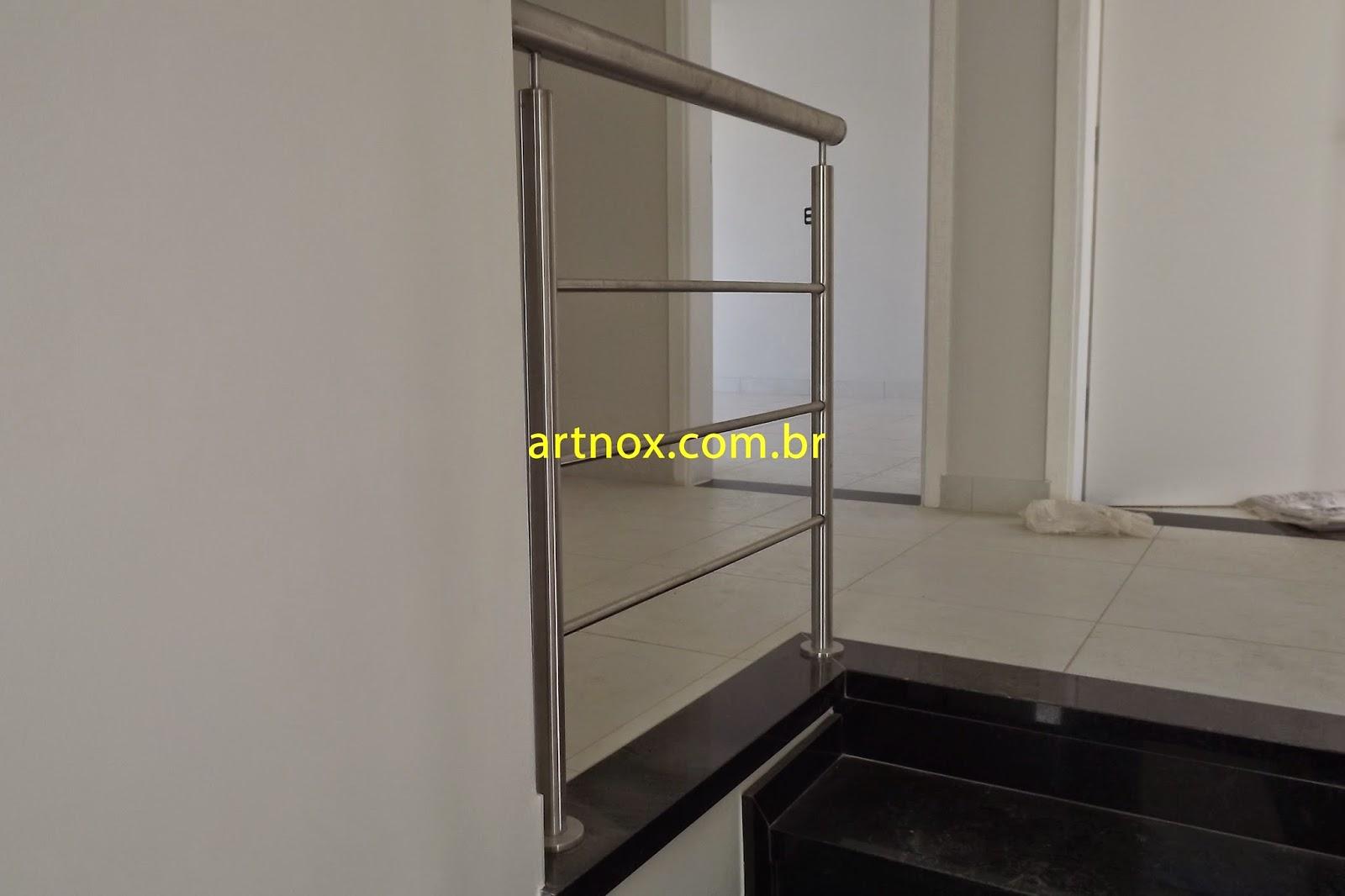 #AEAD1D  Guarda corpo em aço inox 304 escovado 3 tubinhos Guarulhos São Paulo 4376 Janela Aluminio Guarulhos
