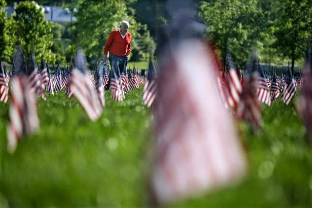 Military News - U.S. honors veterans over Memorial Day weekend