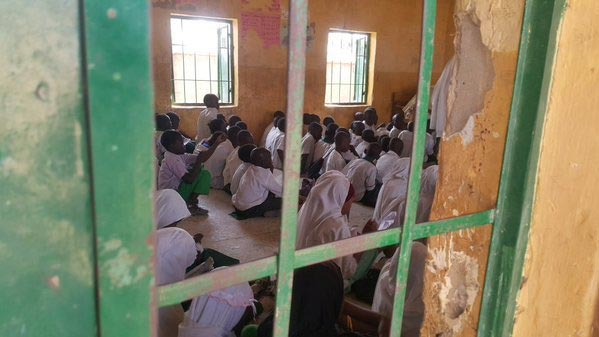 Photos Of Pupils Eating On The Floor As Gov El Rufai Flasgs Off Feeding Of 1.5 Million School Children In Kaduna