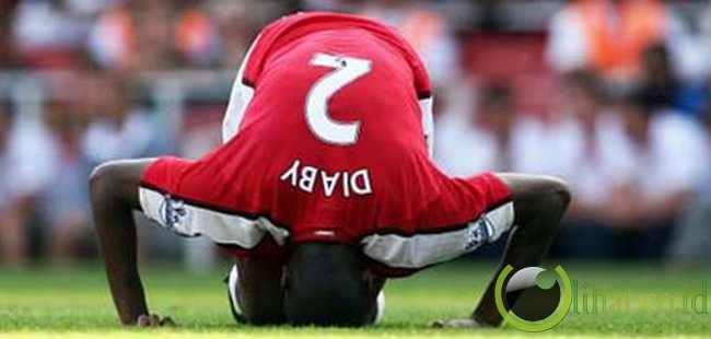 Abou Diaby - Gelandang Arsenal