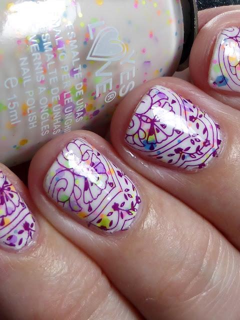 http://lackverliebt.blogspot.de/2015/08/madchenzeit-yes-love-neon-glitter-g11-5.html