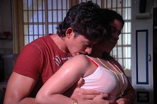 Hot+Indian+Actress+Boobs+Press