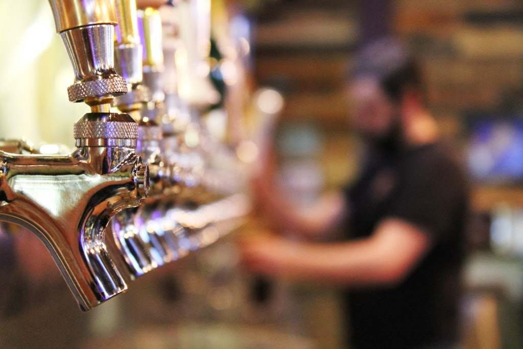 Image: Sparkling taps all lined up at Beer House in Lombard.