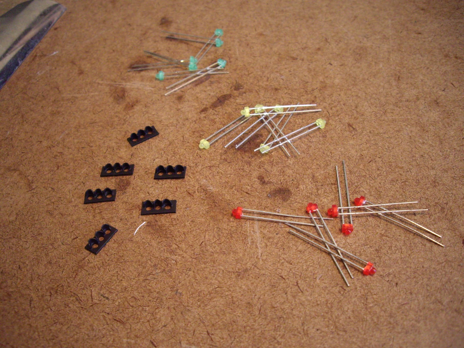 Tys Model Railroad Traffic Lights Part I Light Circuit Pictures Face Plates Painted Flat Black