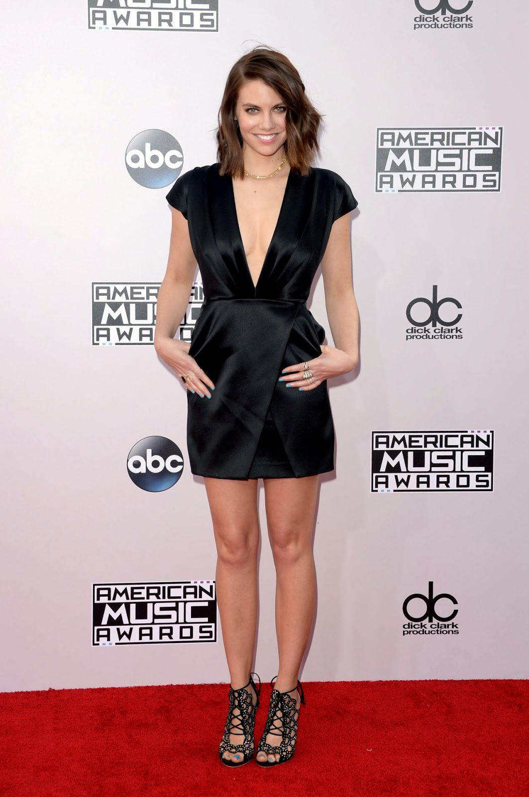 Lauren Cohan - 2014 American Music Awards - Red Carpet