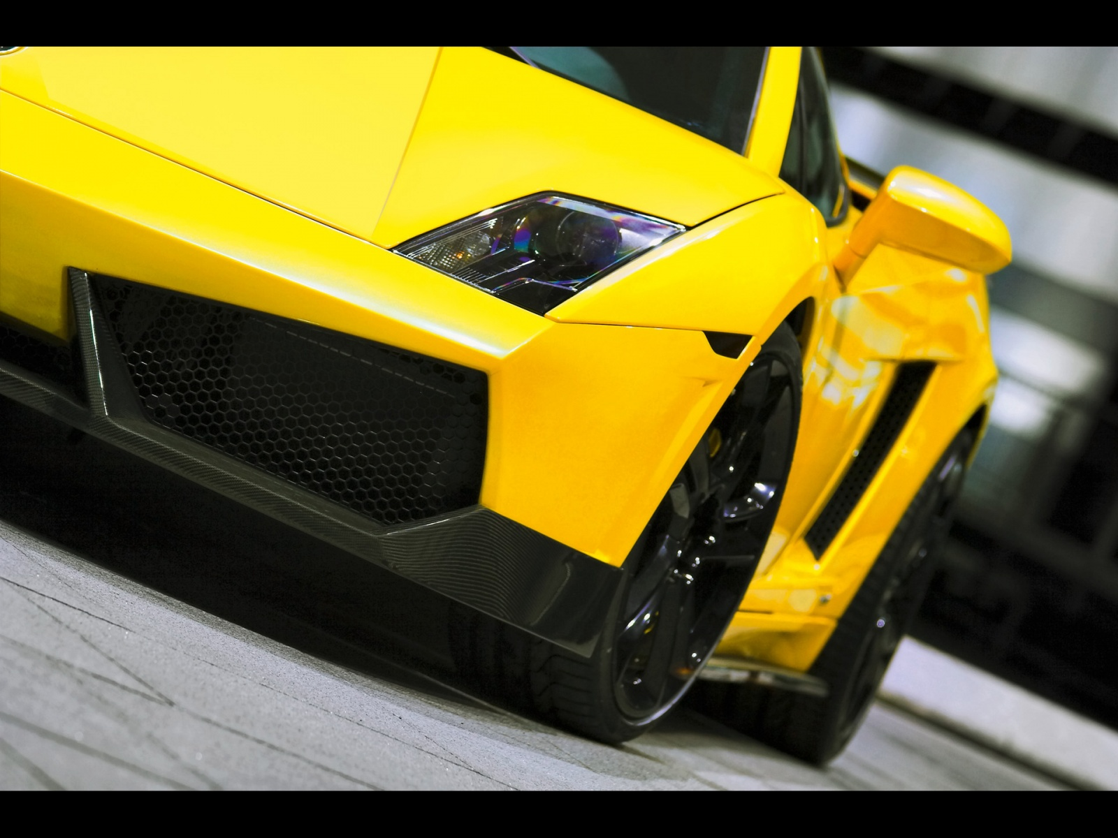 The Gallardo Offers Two Choices Of Transmissions, A Conventional (H Box)  Six Speed Manual Transmission, And An Advanced Six Speed  Electro Hydraulically ...
