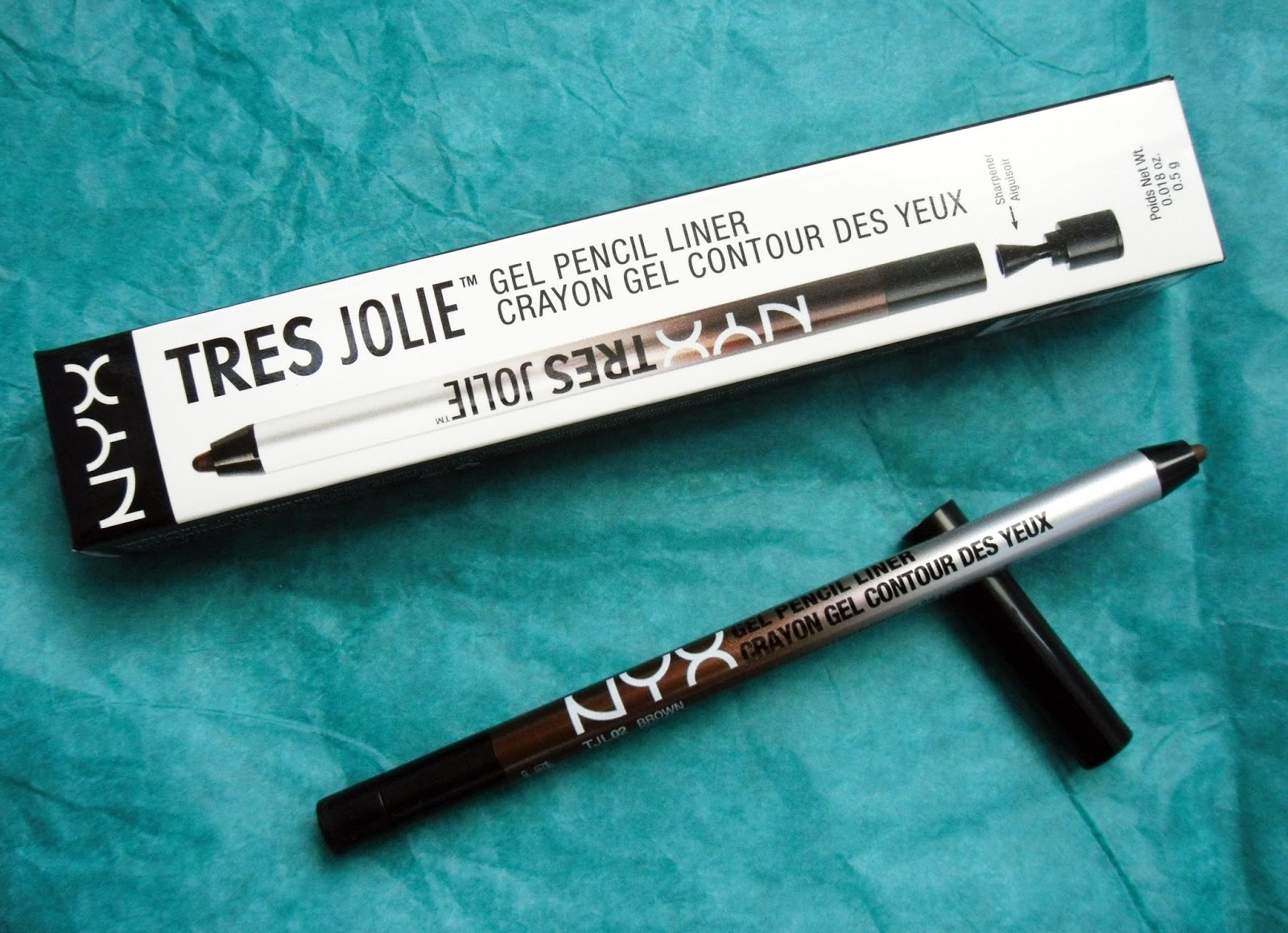 whimsy and beauty: NYX Tres Jolie Gel Pencil Liner