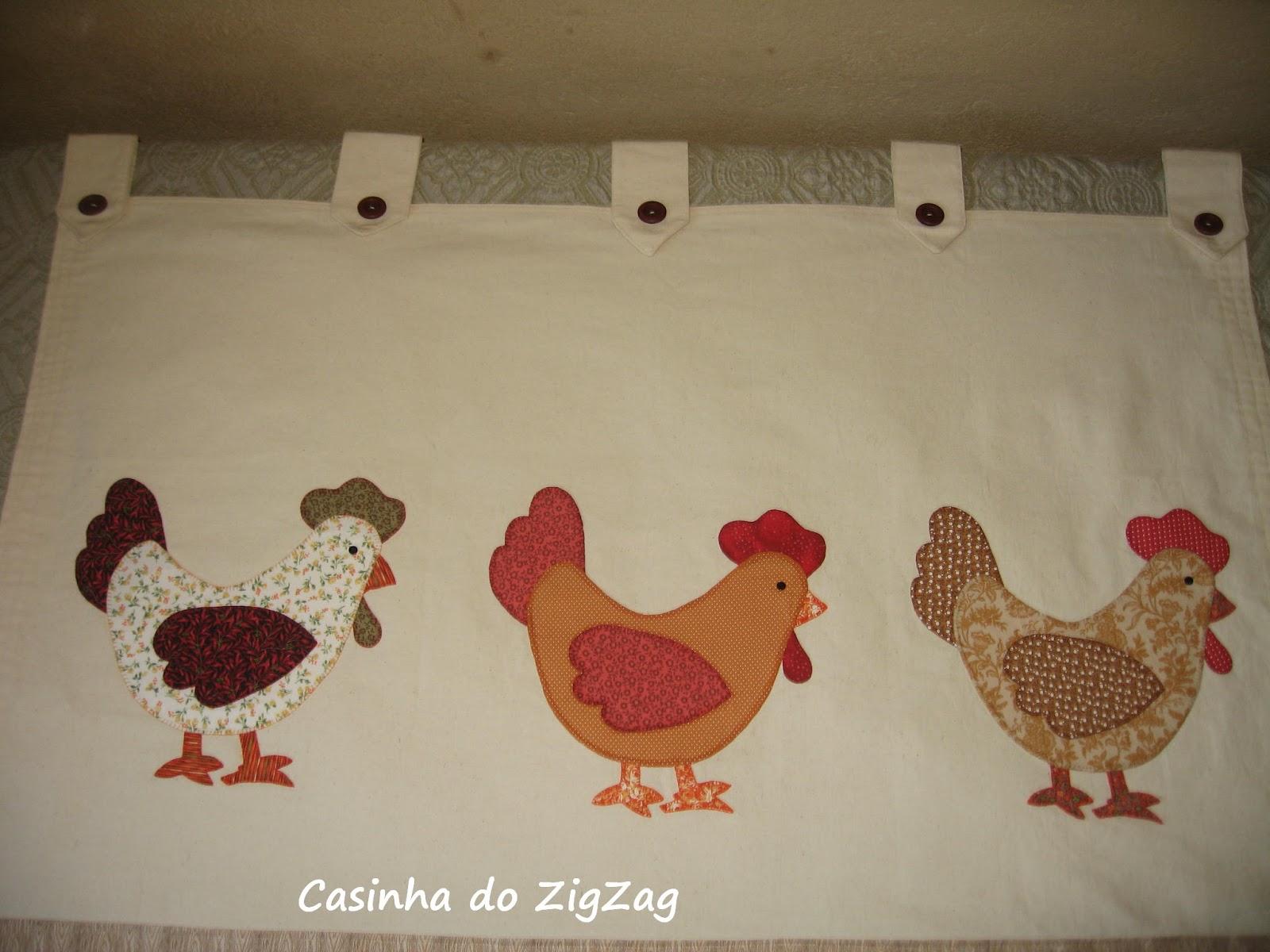do ZigZag  Cortina para cozinha, com aplicações de galinhas