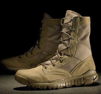 Nike Boots Desert