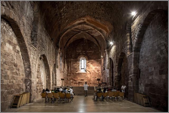 Castillo de Escornalbou, iglesia de San Miguel