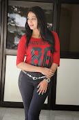 Hari Priya dazzling stills-thumbnail-3