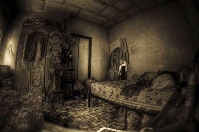My crimson world the haunted room - Fear of small space pict ...