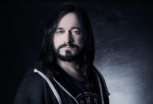 FIREWIND: Ανακοίνωσαν τον νέο του τραγουγουσιτή