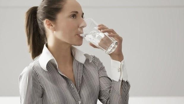 Ne kadar kiloluysanız o kadar çok su içmeniz gerekir