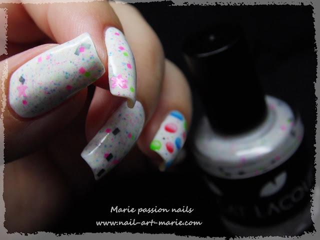 Nail Art Bulles d' aquarelle6