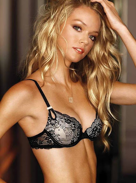 Lindsay Ellingson sexy in black underwear  fashion