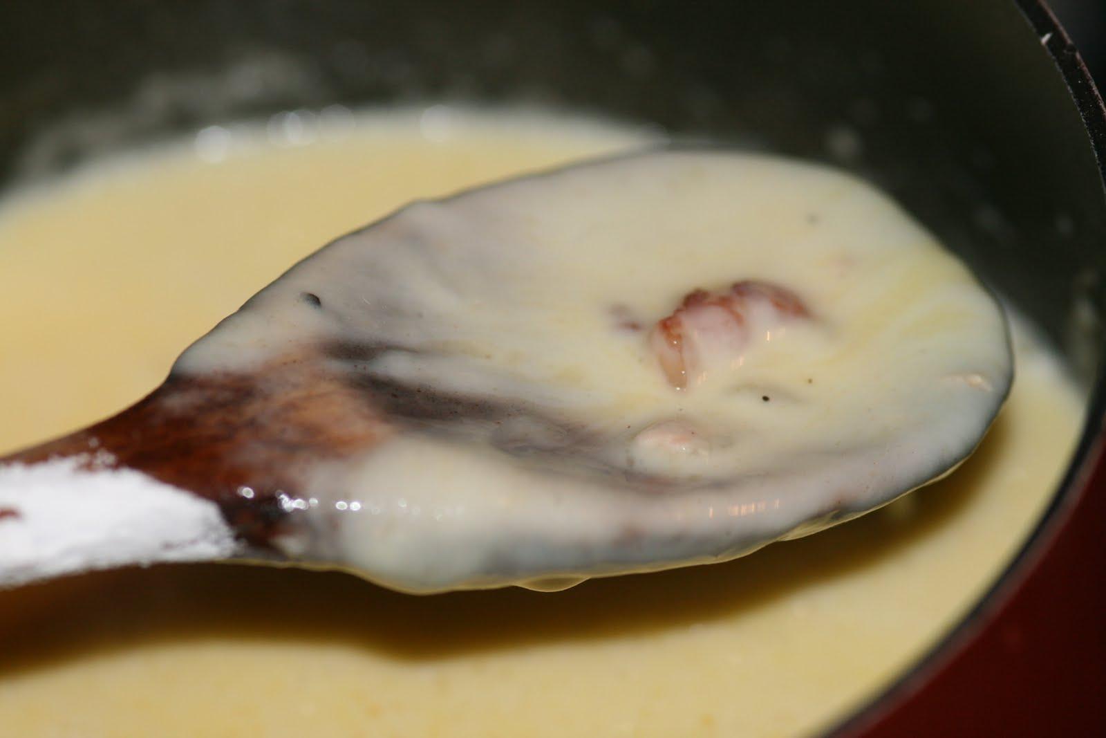Vin de pissenlit la saison froide en franche comt fondue au morbier - Recette vin de pissenlit ...