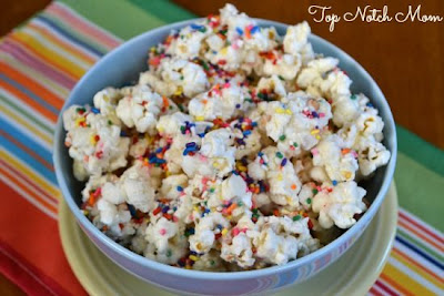 Top Notch Mom: Funfetti Popcorn