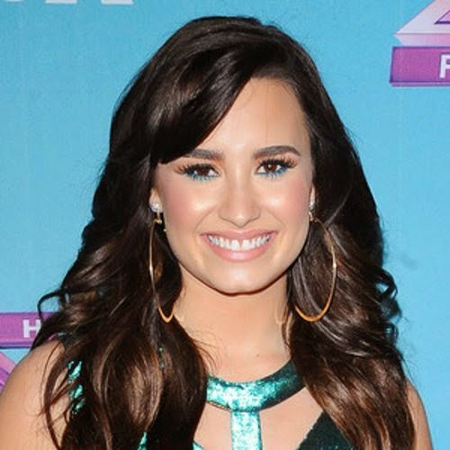 Talk about no to yield an inch, Demi Lovato just got relisting her house at Los Angeles, USA.  The 22-year-old spends less then 4 ocassion, before finally put the price on market for $ 2.25 M.