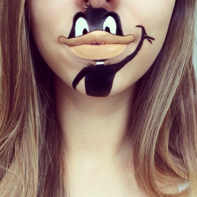 Laura Jenkinson lip art-1