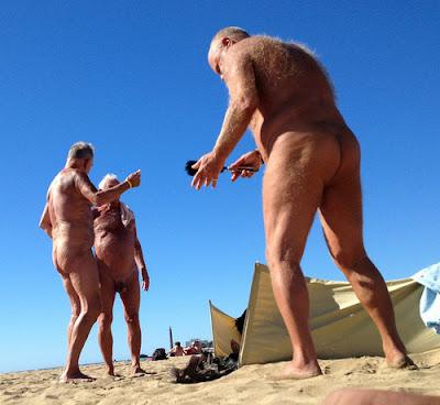 Na praia dando o cusinho que delicia