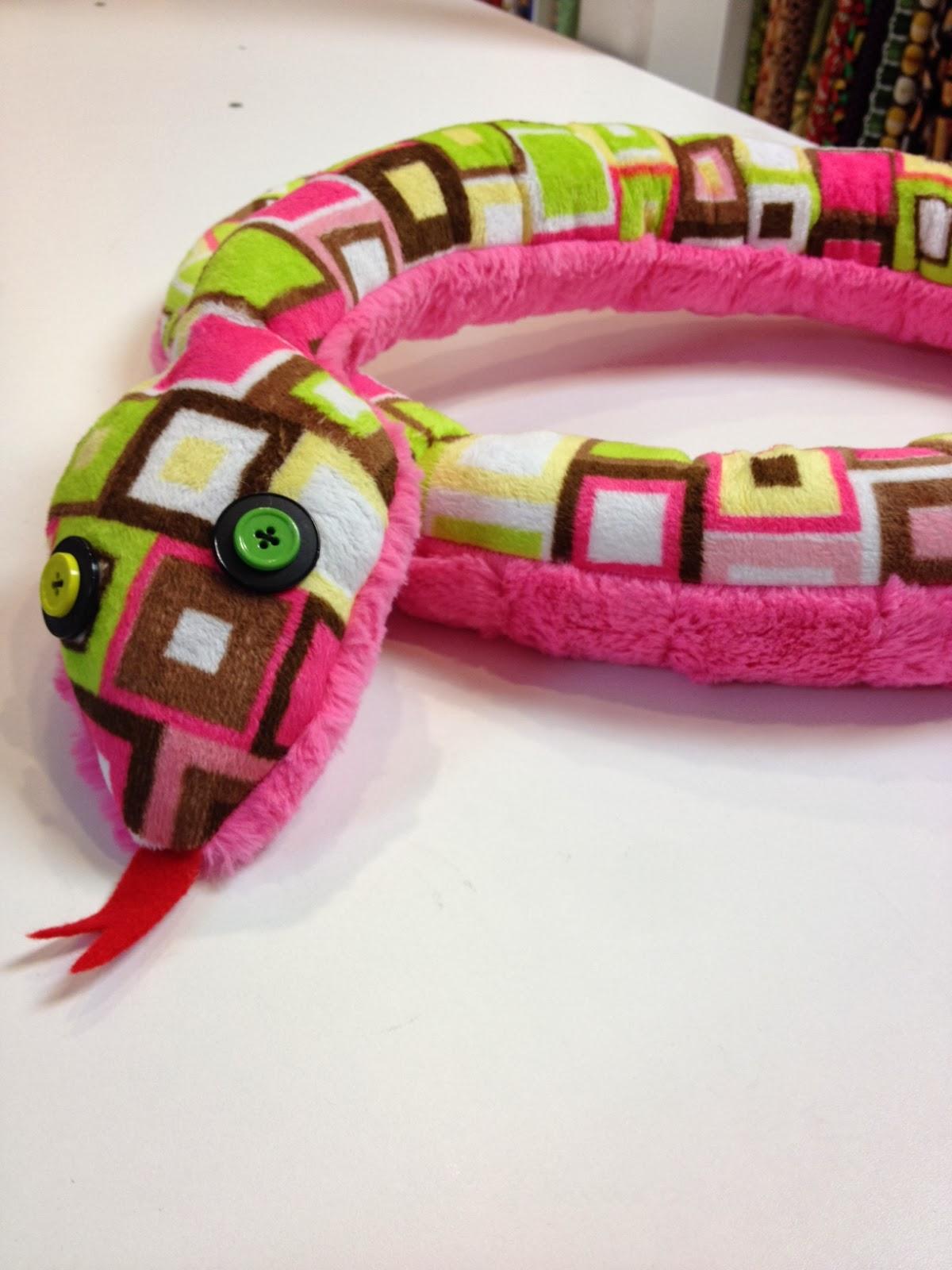 Fabric Center Utah Tutorial Cuddly Snake