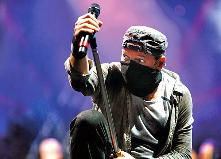 """IL RADICALE VASCO IN TOUR """"LIVE KOM '014"""" CON 7 CONCERTI EVENTO"""
