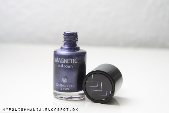 Pieces Magnetic Nail Polish: Midnight Blue