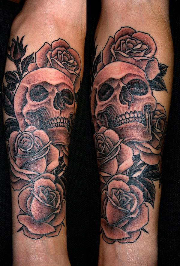 photo tatouage rose noire - Tatouage Rose Banque D'Images Et Photos Libres De Droits