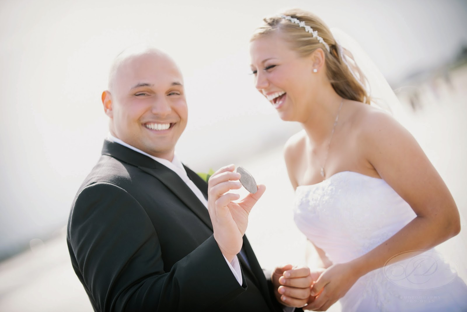 Lettrine marriage at first sight