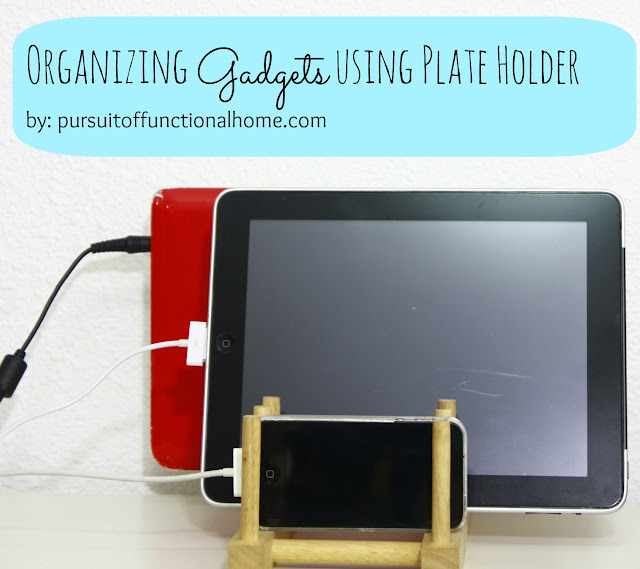 Organizing Gadget using plate holder as charging station
