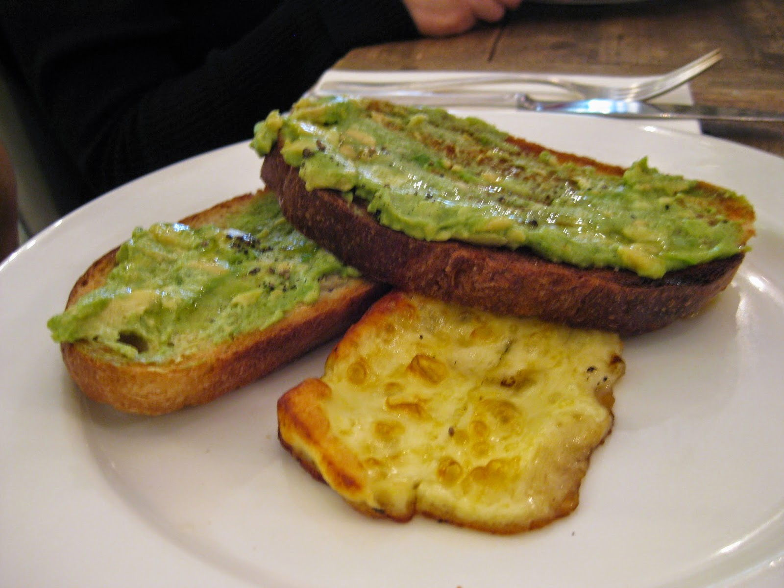 Cassie Cakes Review of Spring: avocado on toast