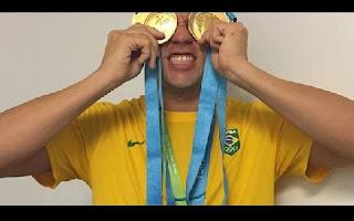 O Brasil está fazendo bonito nesta edição dos Jogos Pan-Americanos. A natação merece destaque especial nessas conquistas. Para o atleta Thiago Pereira, esta edição trouxe ainda mais alegrias. Pereira entrou para a história do esporte ao bater o recorde e se tornar o maior medalhista da história do Pan mesmo desistindo das provas de 100m borboleta e 100m costas. Além disso, ganhou o apelido carinhoso de Mr. Pan. Mas as medalhas não param por aí.