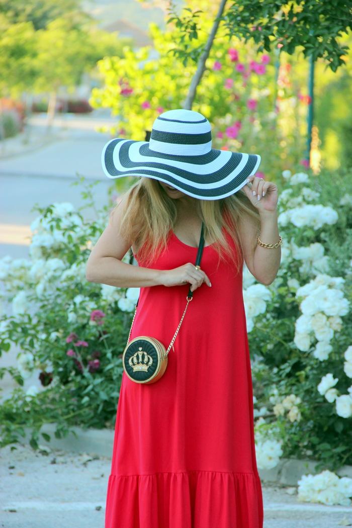 בלוג אופנה Vered'Style - שמלת מקסי אדומה