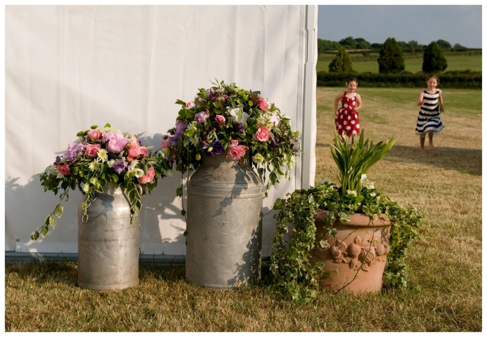 real english countryside wedding lucy james. Black Bedroom Furniture Sets. Home Design Ideas