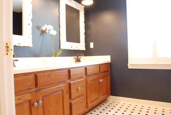 Painting Bathroom Oak Cabinets sweet chaos home: painting oak cabinets