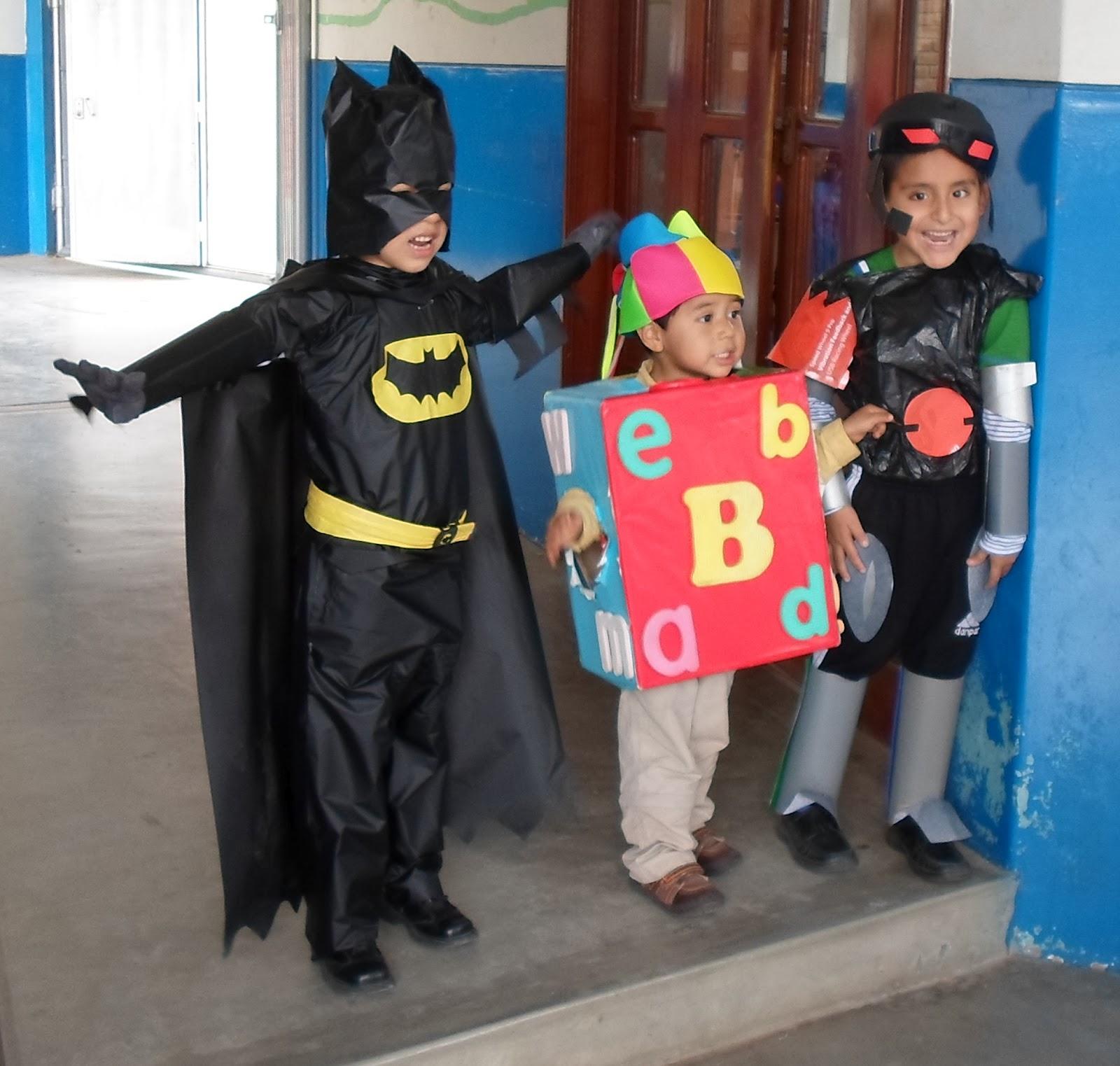 Trajes de material reciclable para niños - Imagui