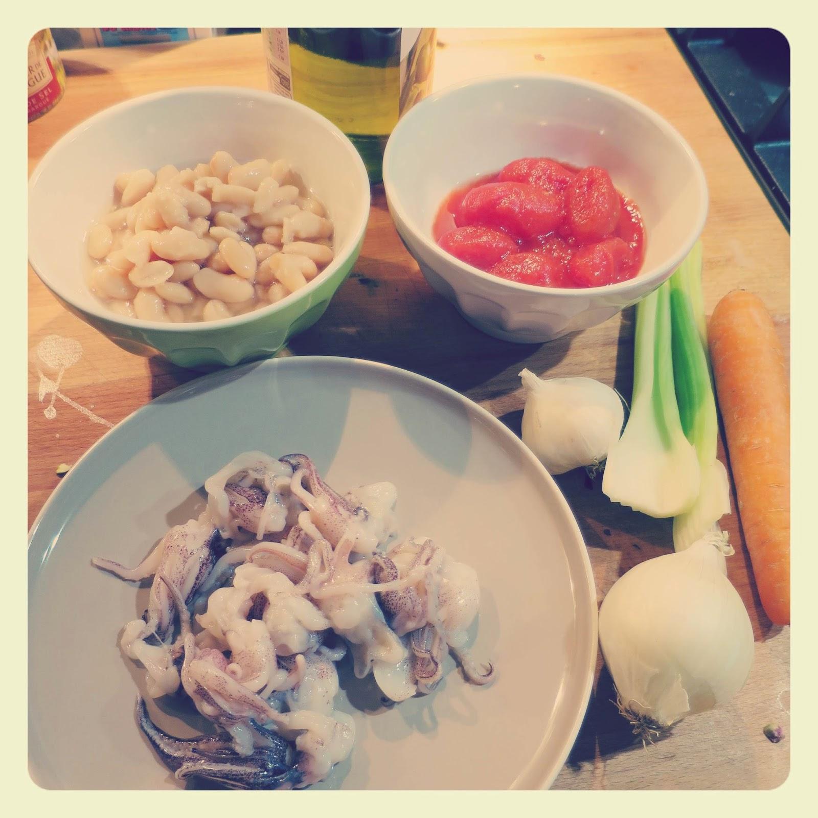 ingredienti Crema di fagioli cannellini con ciuffetti di calamaro al pomodoro