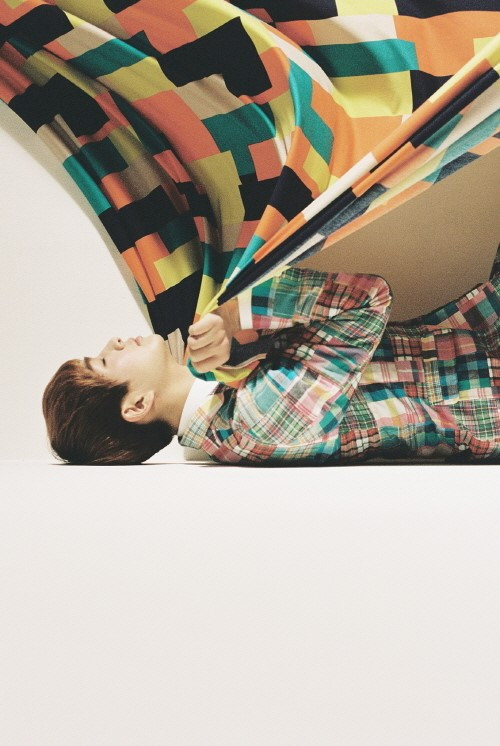 Shinee Onew's Dream Girl teaser pics have been released.