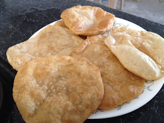 Poori,Puffed fried bread