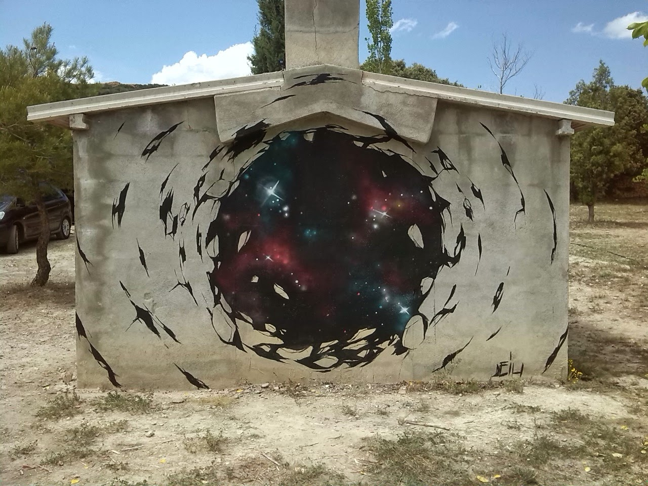 El Deih just sent us some images from his newest mural somewhere around his hometown of Valencia in Spain.