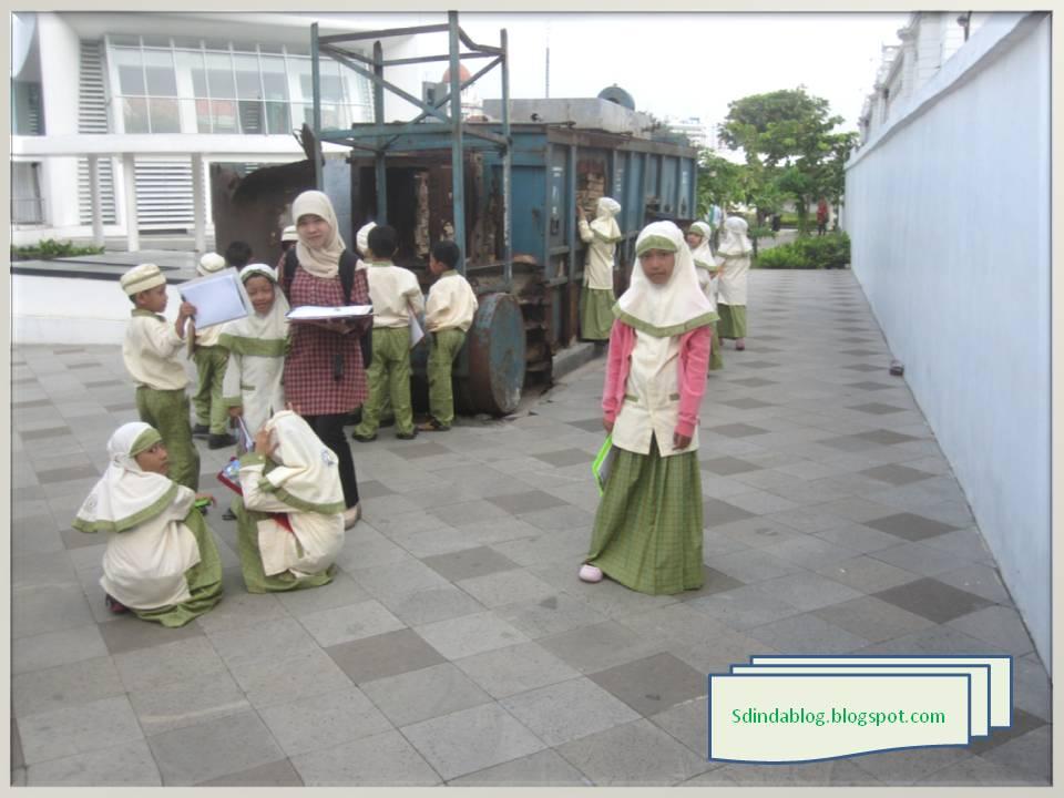 field trip ke museum bi