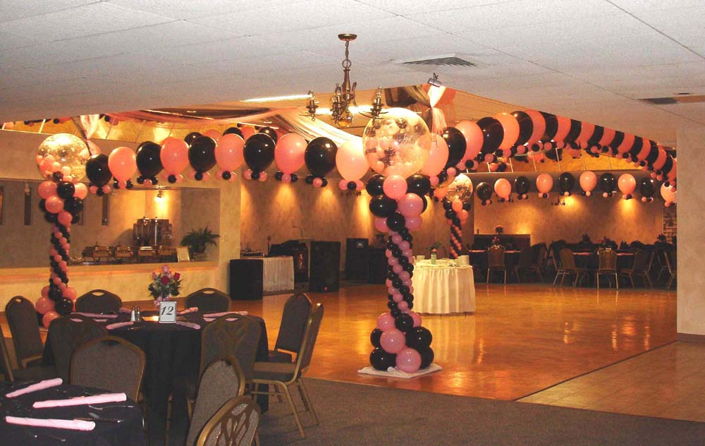 The best wedding decorations wedding dance floor for Balloon dance floor decoration