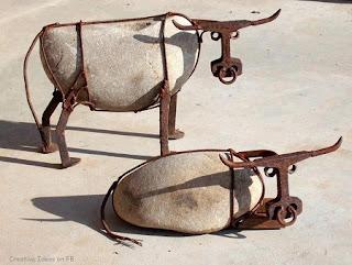 Arte y Reciclaje, Vacas con Piedras y Metal