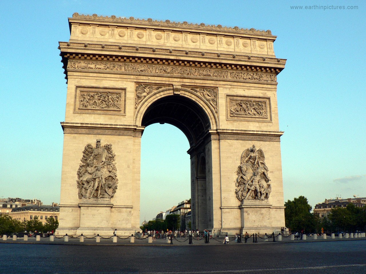arc de triomphe paris travel usher. Black Bedroom Furniture Sets. Home Design Ideas