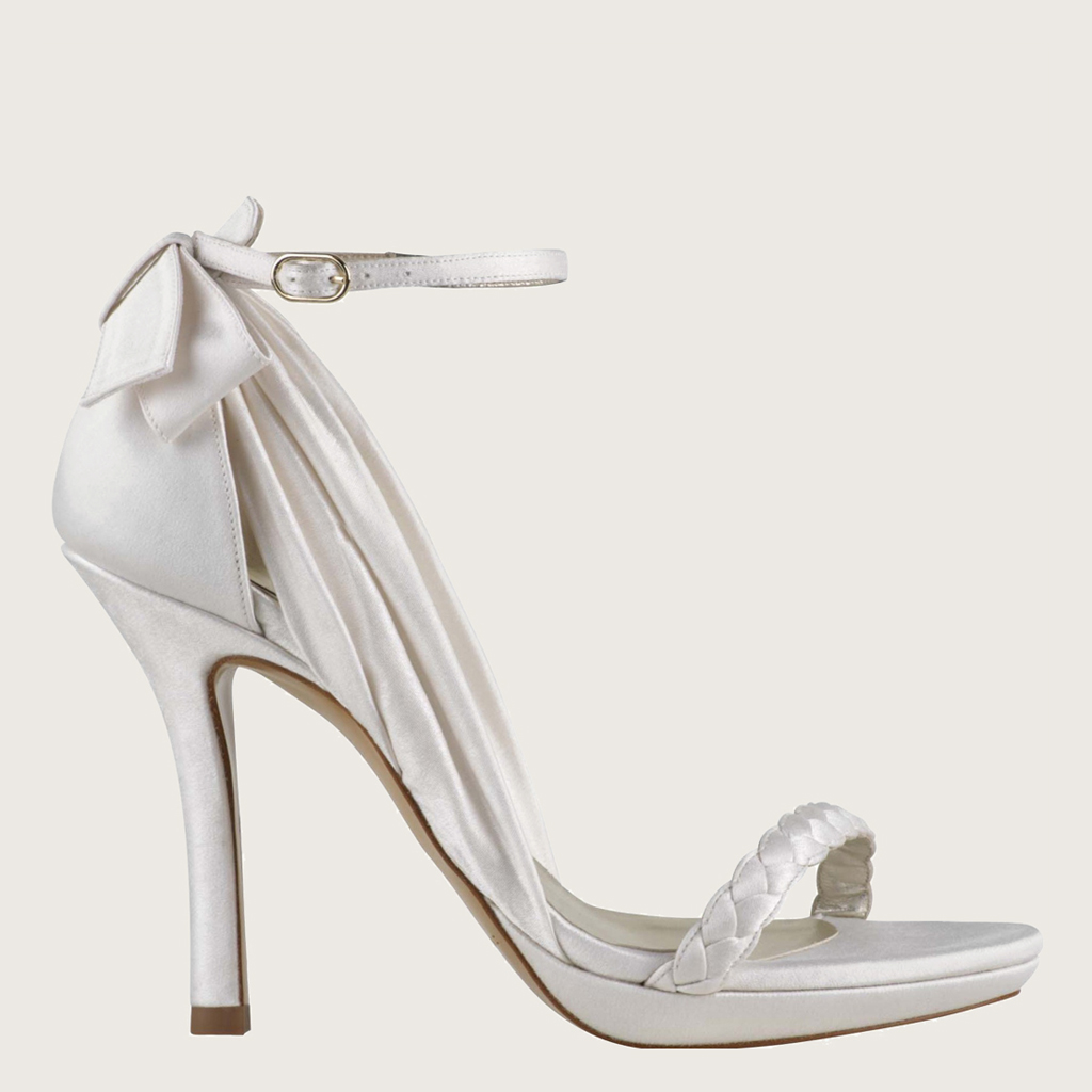 Zapatos de novia en valencia alfombra a medida - Alfombras hipercor ...